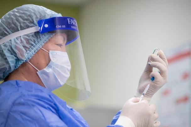 Дэлхийд хоногт дунджаар 7 сая 650 гаруй мянган иргэнийг вакцинжуулж байна