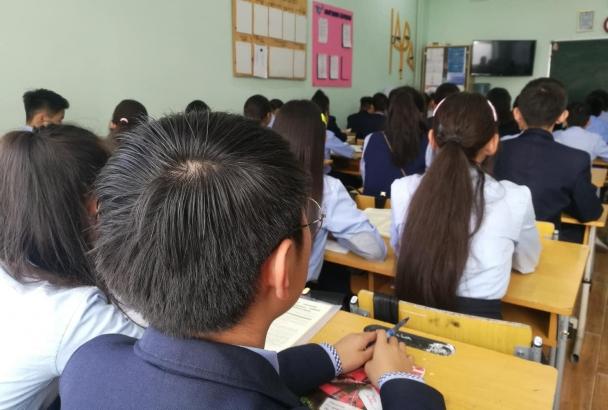 Цэцэрлэгийн 716, ерөнхий боловсролын сургуулийн 618 багш, сурагч халдвар авчээ