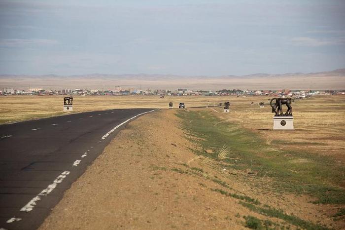 Чингис хотруу орох зам дагуу Хүннүгийн үеийн 18 олдворыг урлалаа