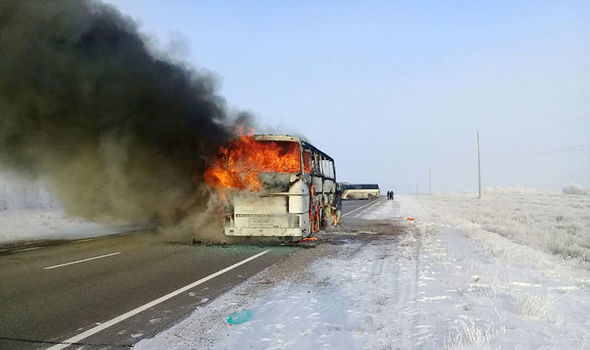 Автобус шатаж, 52 зорчигч амиа алджээ
