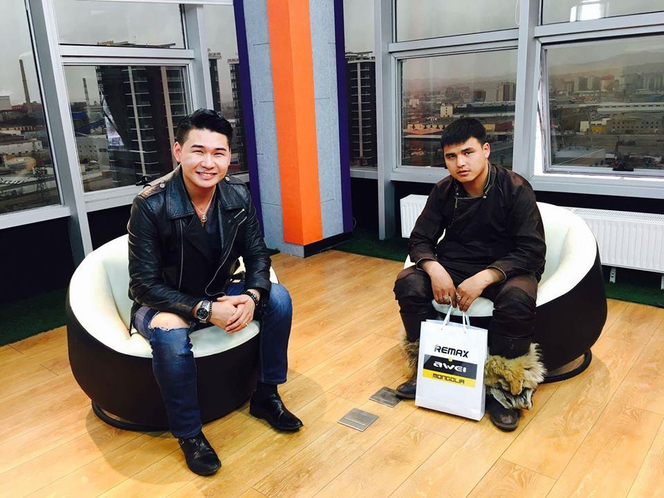 Зэвүүн яриа- Монгол улсын хүндэт зөн билэгтэн У.Хосбаяр оролцлоо