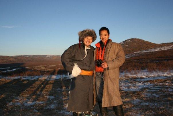 Жүжигчин Б.Амарсайхан хятад эрийг зугаацуулж ан хийжээ