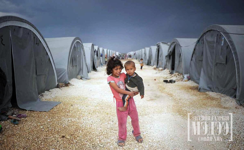 Зовлонгоос зовлон руу дүрвэгсэд