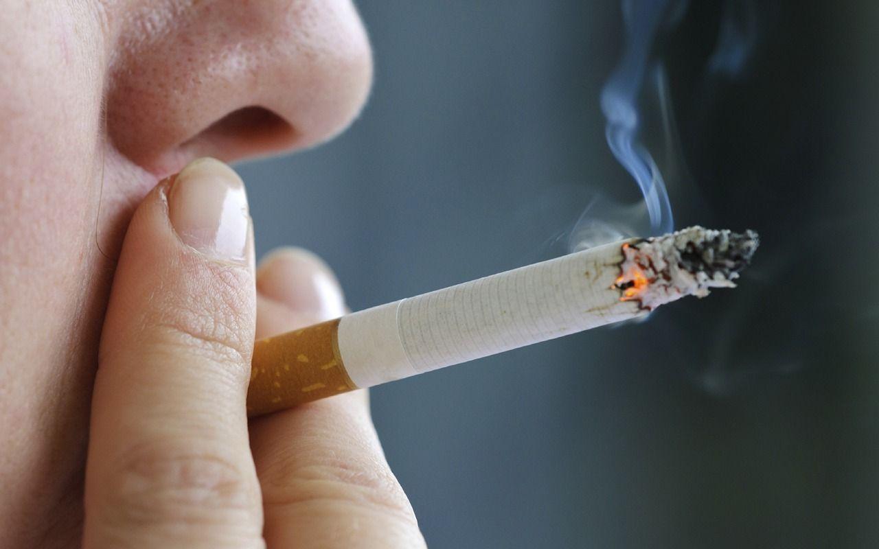 Японы Икома хотод тамхи татсан хүмүүсийг 45 минутын дараа лифтэнд оруулах дүрэм гаргажээ