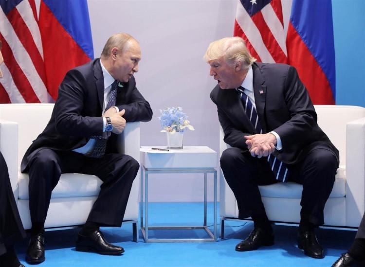 """Трамп, Путин хоёр """"хаалттай горимд"""" хоёр дахь удаагаа уулзсан нь батлагджээ"""