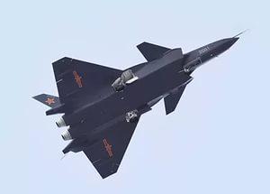 Хятадад үйлдвэрийн дээр цэргийн сөнөөгч онгоц уналаа