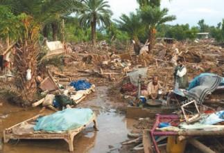 Пакистанд ширүүн борооны улмаас 72 хүн эндэв