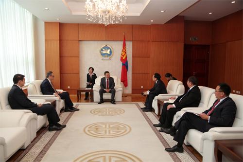 Ерөнхийлөгч Ц.Элбэгдорж Монгол Улс, ОХУ, БНХАУ-ын гурван талт уулзалтын оролцогчдыг хүлээн авч уулзав