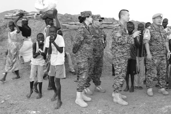 Өмнөд Суданы өнгөт бус амьдрал
