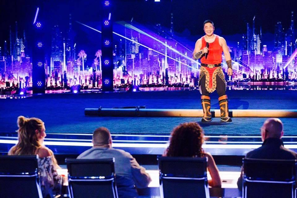 """""""Авьяаслаг Америкчууд"""" шоуны шилдэг оролцогч Б.Баттулга түүхч, судлаач мэргэжилтэй гэдгийг мэдэх үү?"""