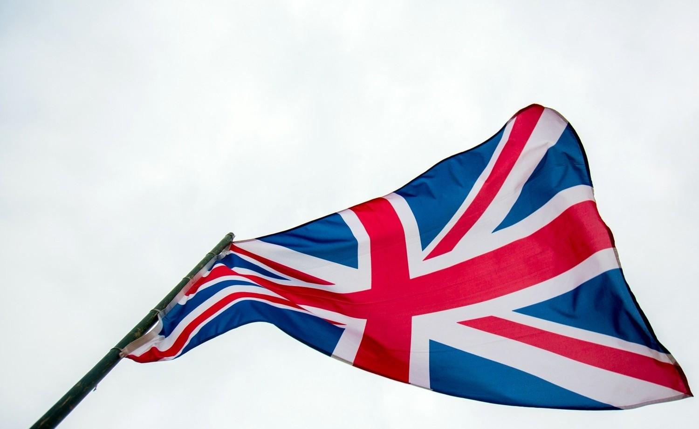 Брексит хууль боловсруулалтыг саатуулжээ