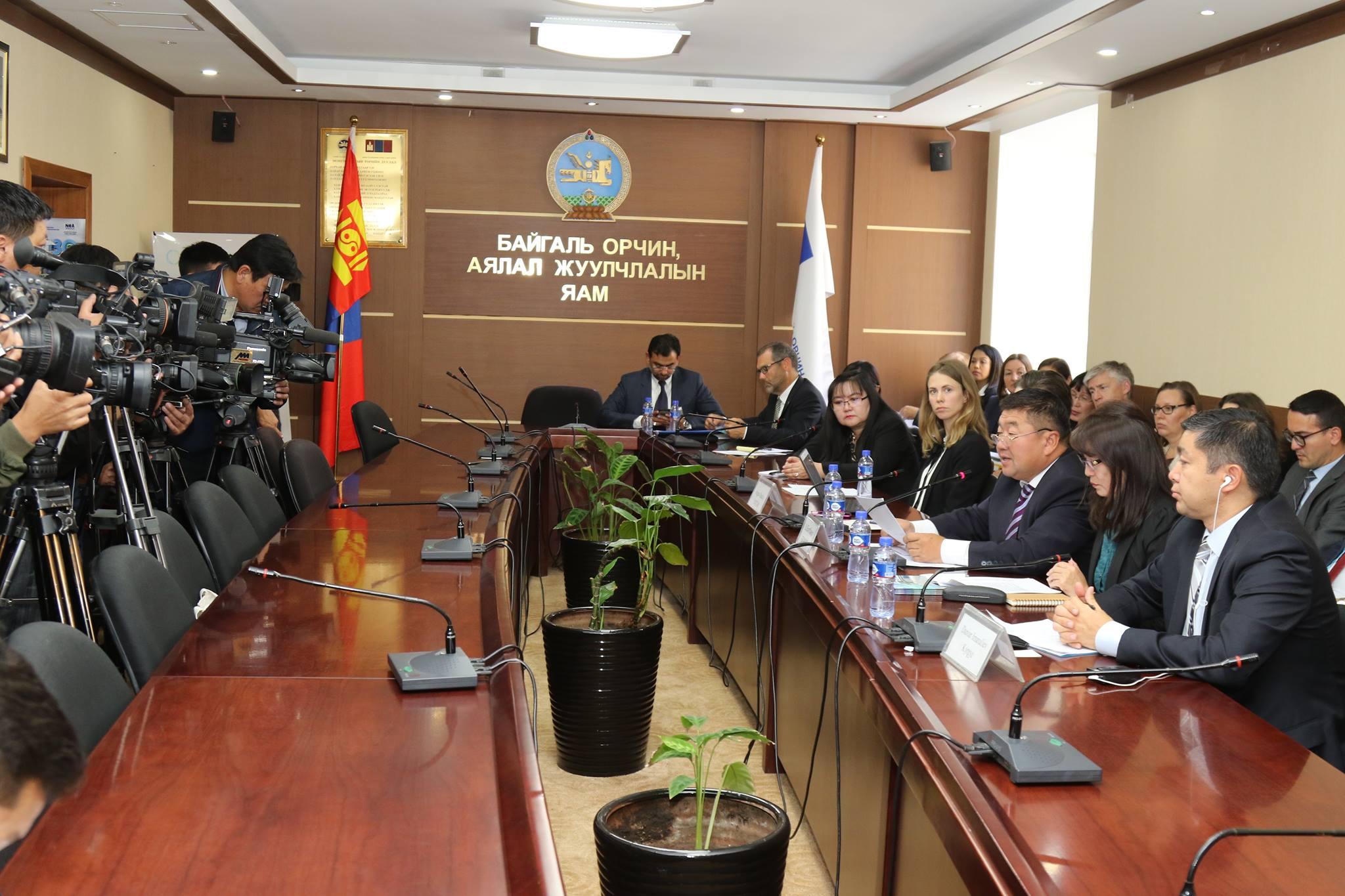 Монгол улс ногоон хөгжлийн үндсээ бусад орнуудад үлгэр дуурайлал болохуйц тавьж байгааг онцлов