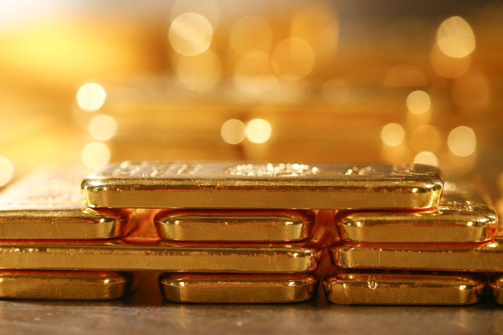 Ам.долларын ханш чангарч, АНУ-ын Засгийн газрын бондын өгөөж өссөнөөр алтны үнэ буурав
