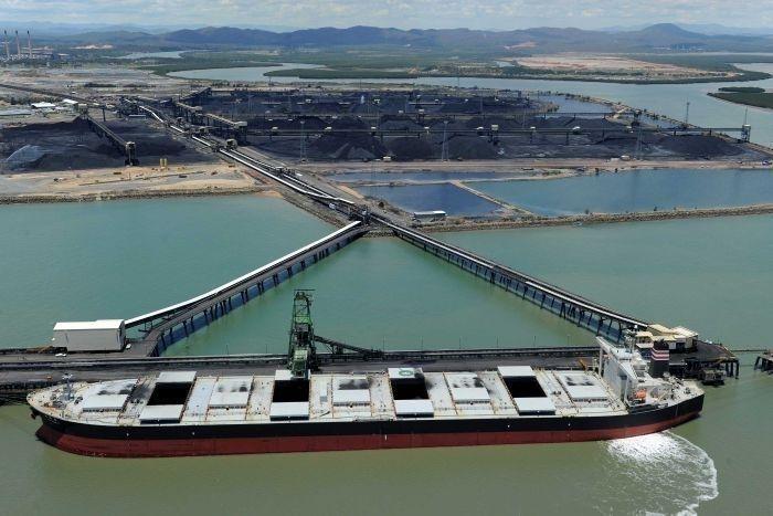 БНХАУ Австралийн нүүрсний импортыг тодорхойгүй хугацаагаар зогсоов