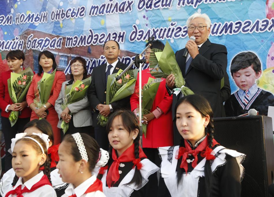 Э.Бат-Үүл: Ирээдүйн Монгол иргэдийг боловсролтой, зөв хүн болгон хүмүүжүүлэх үйлсэд хамтран зүтгэе