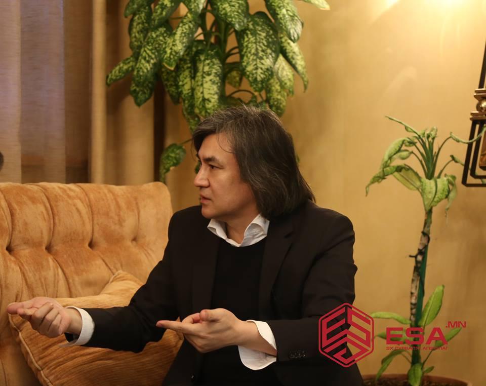 """С.МОЛОР-ЭРДЭНЭ: Бид Хятад улсыг зүгээр л нэг """"хужаа"""" гэж  харж, ярих нь ОНИГОО"""