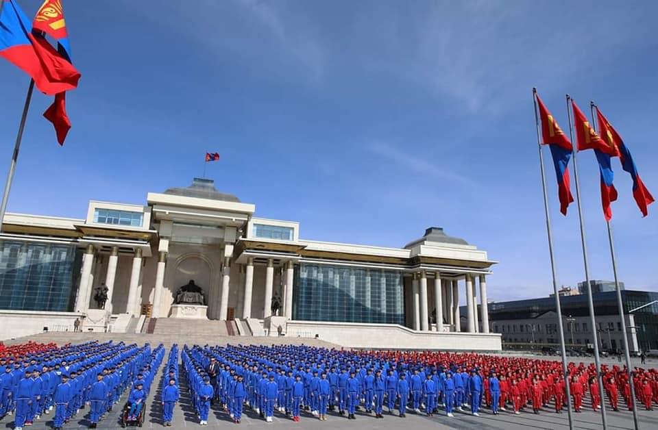 Монголын төр хулгайчдаар дүүрсэн, нийгэм нь айдсаар дүүрсэн #ГутлынЖагсаал