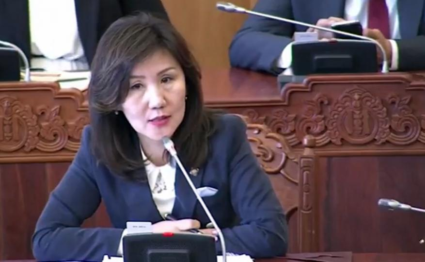 М.Оюунчимэг: Прокурор улстөр, бизнесийнхнээс ангид ажиллах учиртай