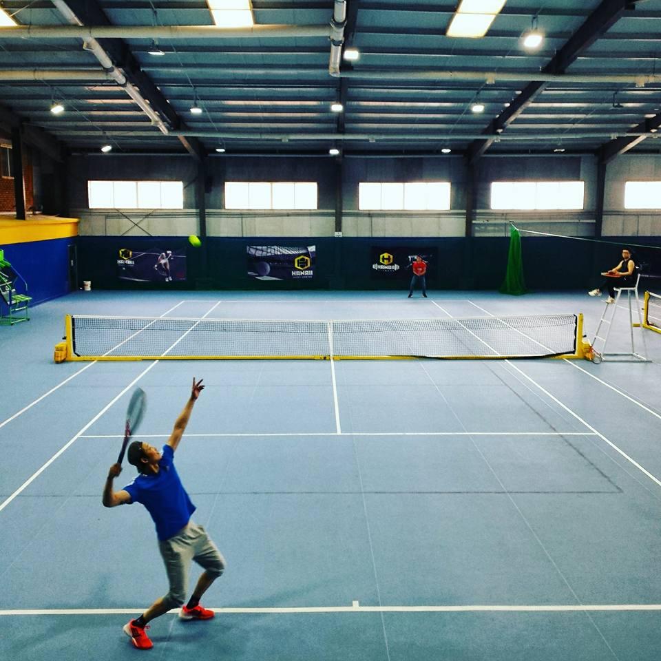 Хавай спорт төв нь талбайн теннисний сургалтандаа элсэлт авч байна
