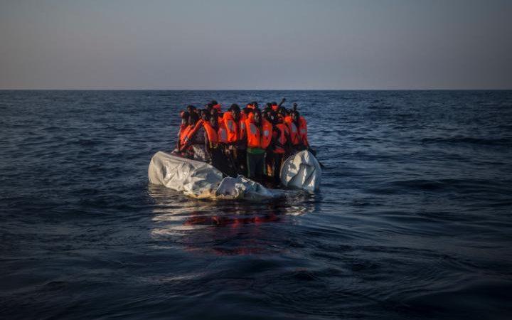Завь осолдож, дүрвэгсэд амиа алджээ