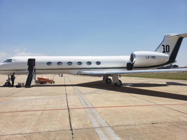 Л.Месси 15 сая ам доллараар онгоц худалдан авлаа