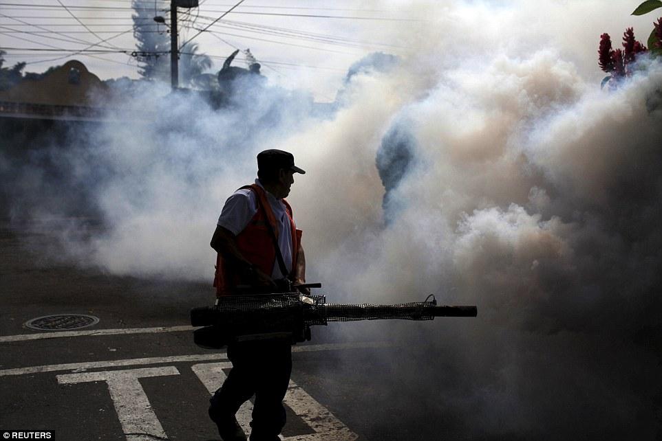 Гондурас улс онц байдал зарлажээ