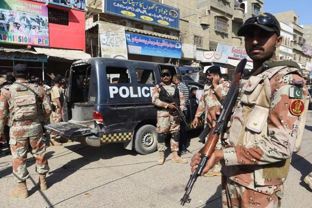 Пакистаны цагдаа дайралтад өртөж 6 хүн нас баржээ