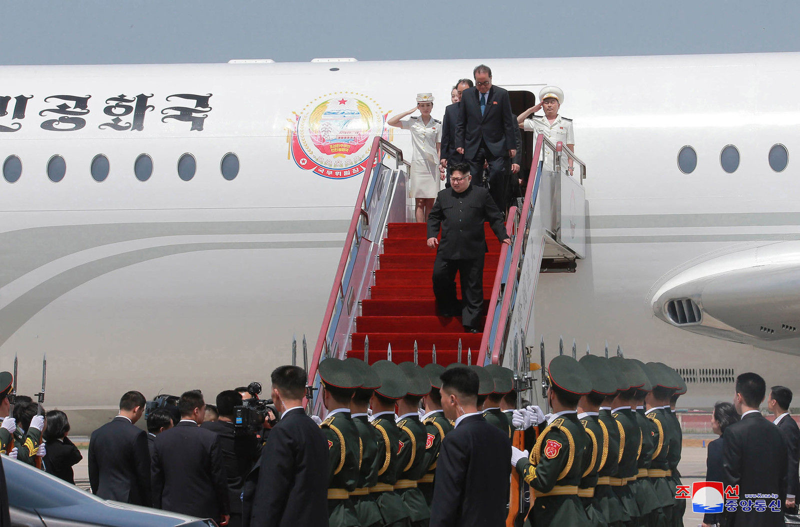Ким Жон Ун гурав дахь удаагаа Ши Жиньпинтэй уулзахаар Бээжинд ирж байна