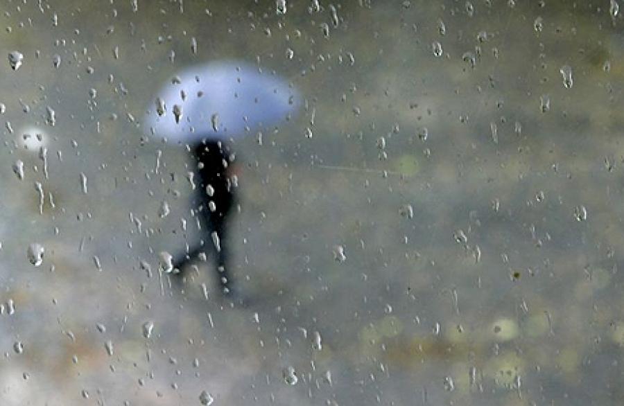 Ихэнх нутгаар бороотой