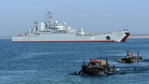 Орос Египетийн тэнгисийн цэргийн нэгдсэн сургууль өндөрлөв