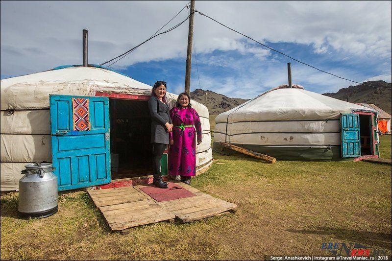 Монголын дундаж давхаргынхан жуулчны нүдээр