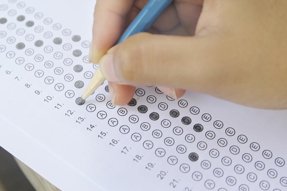 Элсэлтийн ерөнхий шалгалтад 800 оноо авсан сурагчийг нэг сая төгрөгөөр урамшуулна