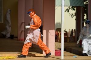 Эболагаас болж эмнэлгийн ажилтнууд ажил хаялт зарлалаа