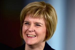 Шотланд улс эмэгтэй удирдагчтай боллоо