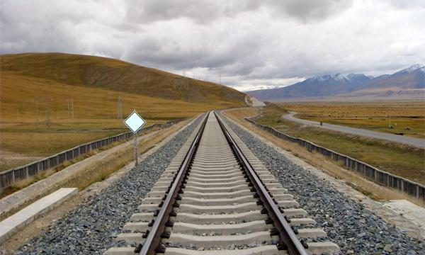Тавантолгой-Гашуунсухайт чиглэлийн төмөр замыг монголчууд өөрсдөө барина