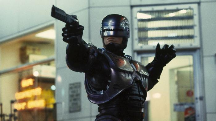 Дубайд дөрвөн цагдаагийн нэг нь робот болно