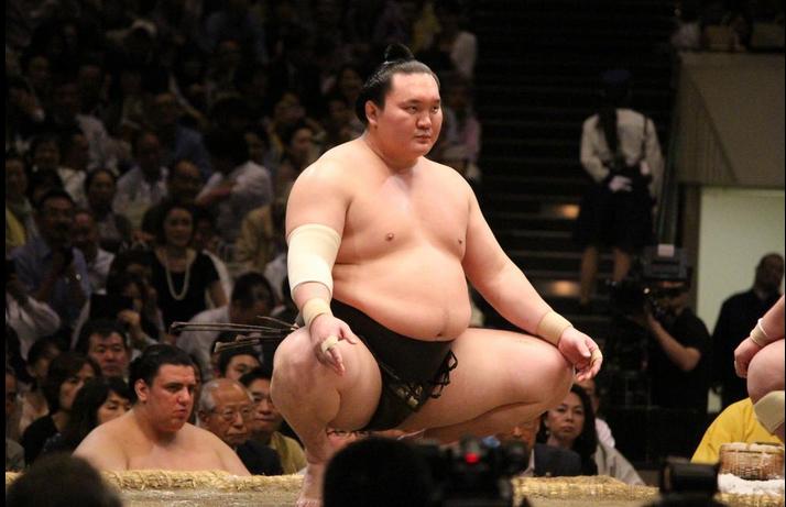 Хакухо М.Даваажаргал сумогийн дээд зиндаанд 1000 дахь даваагаа авлаа