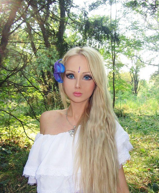 Украйны алдарт хүн барби/фото/