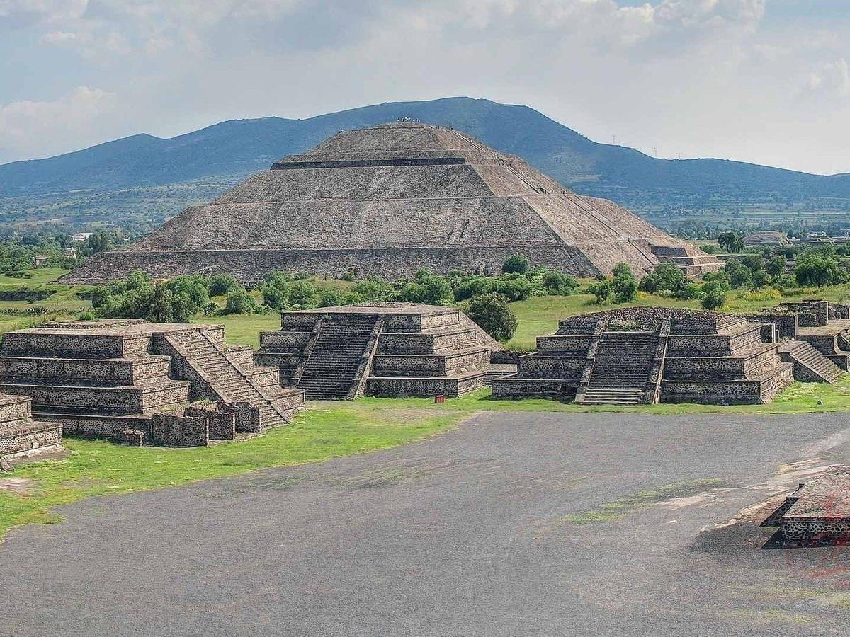 Майя соёл иргэншил устсаны шалтгаан нь цэргийн сөргөлдөөн гэв