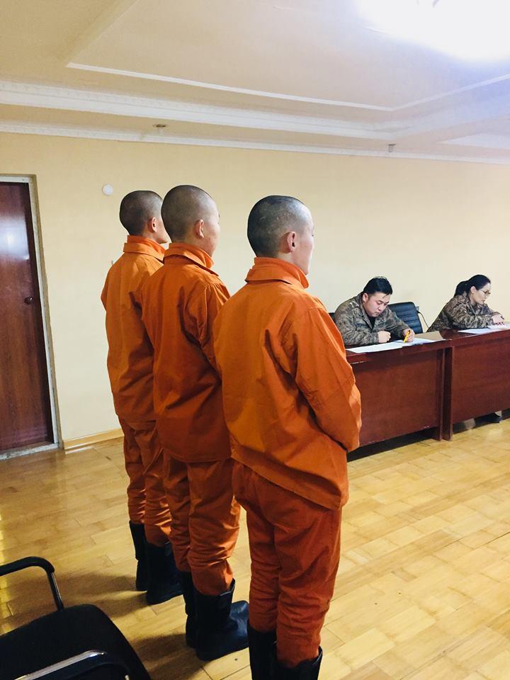 Хятадад 10 мянган өрх орон гэргүй болжээ