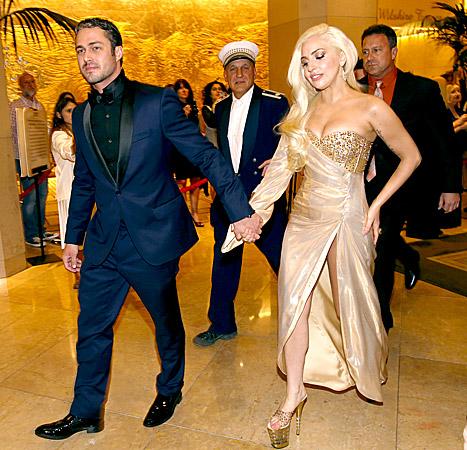 Леди Гага удахгүй хуримаа хийнэ