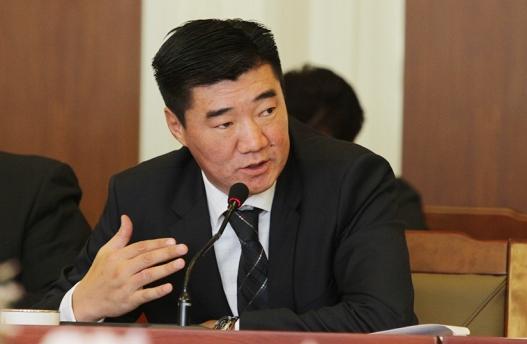 С.Бямбацогт: Монгол Улсын ирээдүй өрөнд баригдсан, хамгийн эрсдэлтэй орны тоонд орчихоод байна