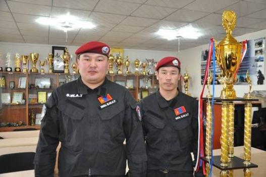 Цагдаагийн ахмад Н.Отгонбаатар мөнгөн медаль хүртэв