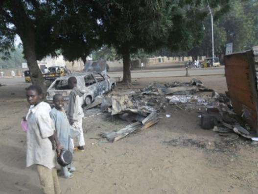 Нигерид 7 настай амиа золиослогч охин 5 хүний аминд хүрчээ