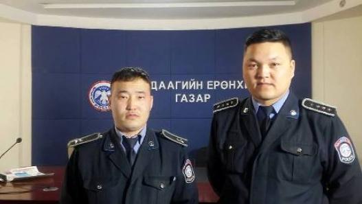 Цагдаагийн алба хаагч нар хүний амь нас аварчээ