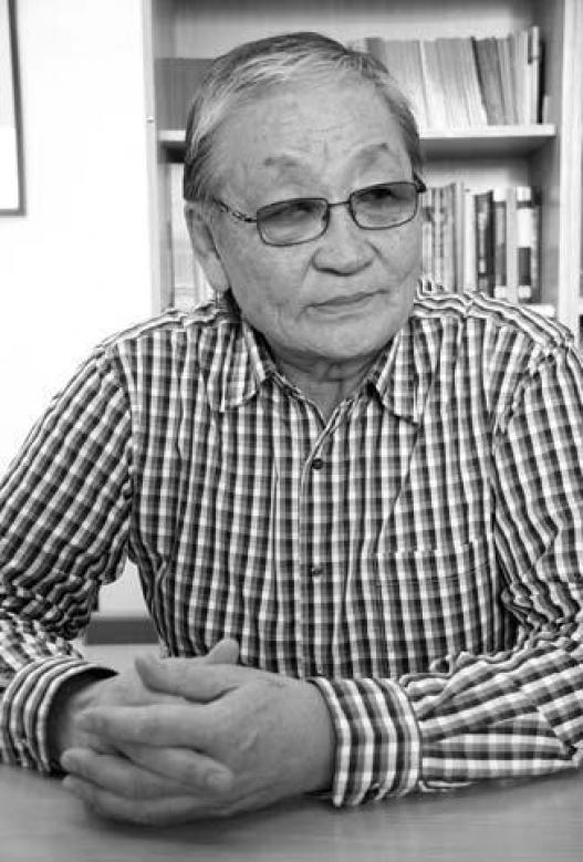 Сөрөг Тагнуулын Дарга асан Л.Санжаасүрэн И.Мөнхсаруулыг Мөнхтэнгэрийн оюуны сангаас хүссэн мэдээллээ авах чадвартай гэв
