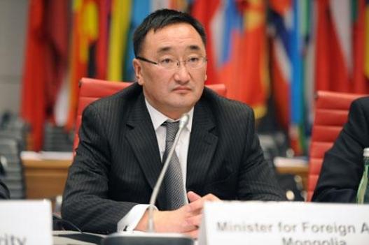 Монгол улсын нэр хүнд хөсөр уналаа
