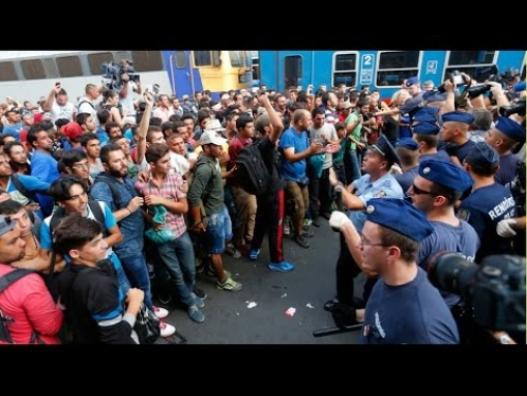 АНУ 15 мянган дүрвэгч хүлээж авна