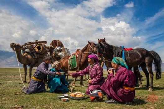 Монгол хүний цээрлэх ёсон