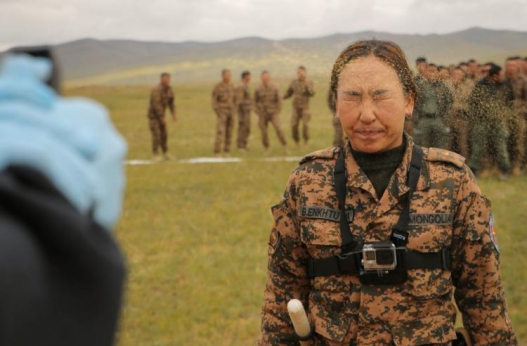 Америкчууд Монгол цэргүүдэд юу заадаг вэ? (фото)